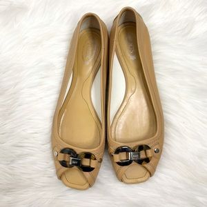 Tods Tortoise Shell linked peep toe shoes